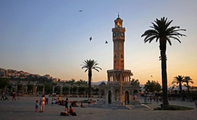 İzmir turizminde büyüme hız kesmiyor