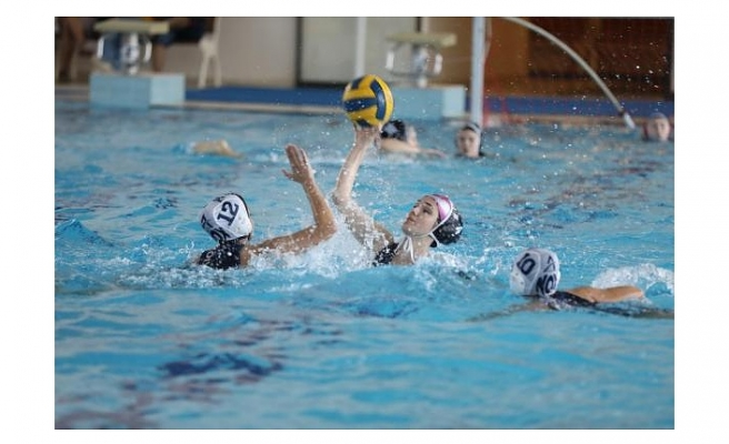 Su topunda dev turnuva: Şampiyon ESTİ