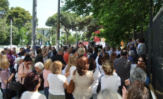 Atatürk Lisesi Müdürü'ne tepkiler dinmiyor: Defolup gidene kadar...