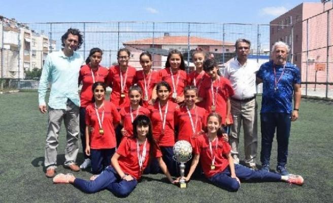 Azimleriyle her güçlüğü aşıp Türkiye şampiyonu oldular