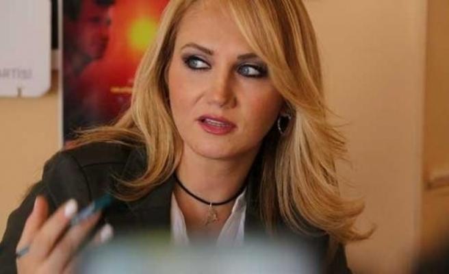 HDP'li sanatçı Aydınlar tutuklandı