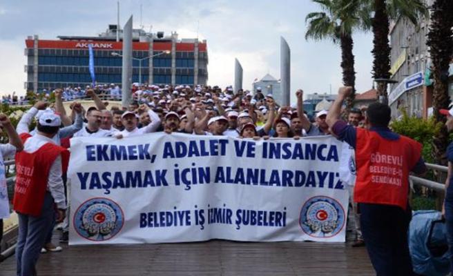 İzmir'de Büyükşehir işçilerinden eylem