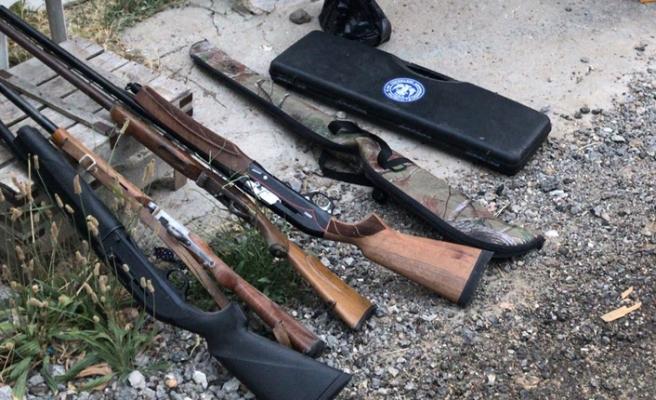 İzmir'de kaçak silah atölyesine baskın