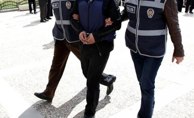 İzmir'in o ilçesini haraca bağlayan zanlılar yakalandı
