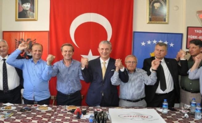 İzmirli Balkanlar 'adayımız Öztürk' dedi