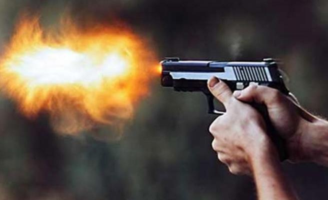 Kemalpaşa'da tabancalı dehşet: 1 ölü, 3 yaralı