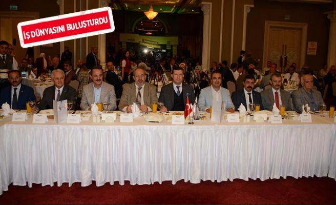 MÜSİAD İzmir'den, geleneksel iftar buluşması