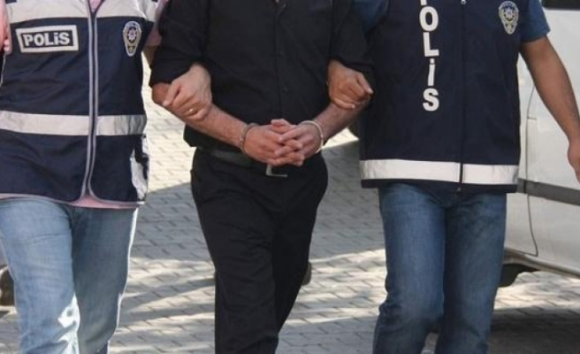 2 yıldır aranan FETÖ'cüler, İzmir'de yakalandı