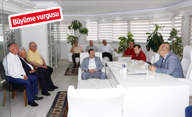 AK Partili Kaya'ya esnaf desteği