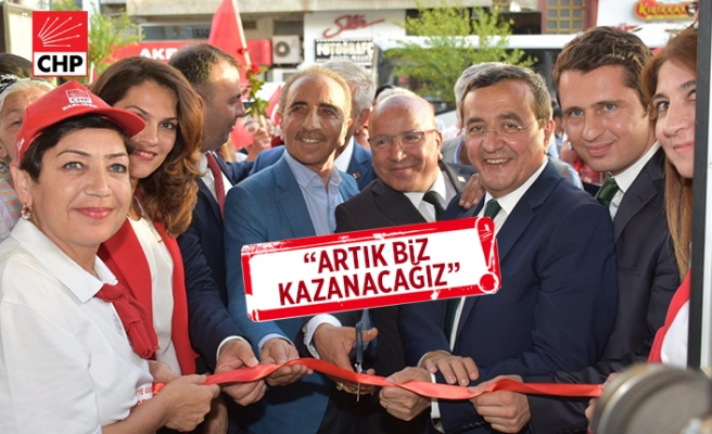 CHP Narlıdere'de miting gibi açılış!