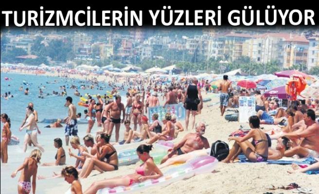 Ege'nin turizm cennetlerine turist akını