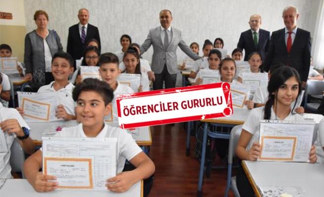 İzmir'de 850 bin öğrenci karne aldı