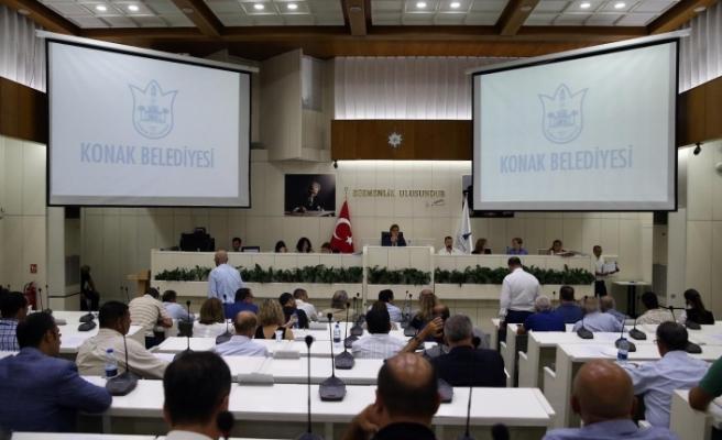 Konak'ta tarihe geçecek meclis toplantısı!
