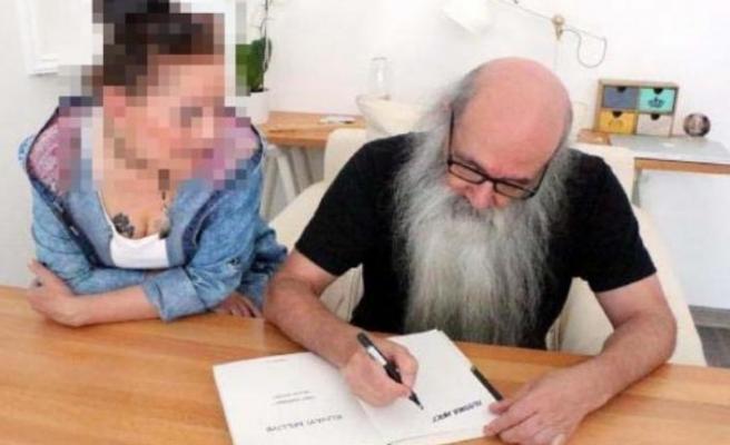 Ünlü karikatürist, Cumhurbaşkanı'na hakaretten tutuklandı