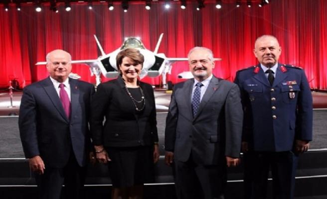 Ve Türkiye ilk F-35'ini teslim aldı
