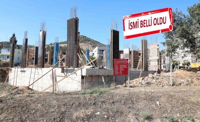 Bayraklı'da yeni kültür merkezi inşaatı sürüyor