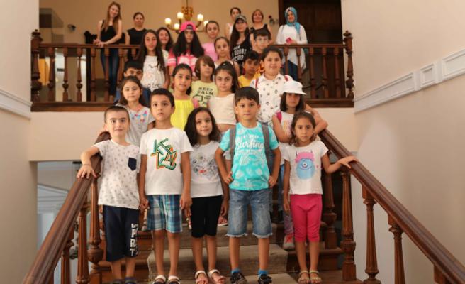 Bayraklılı öğrenciler Atatürk Müzesi'ni gezdi
