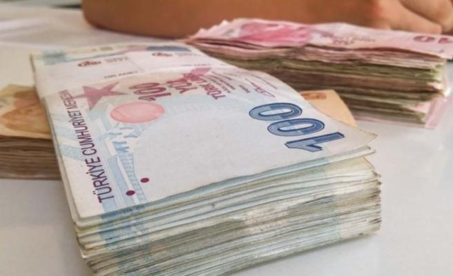 Bütçe 25.6 milyar TL açık verdi
