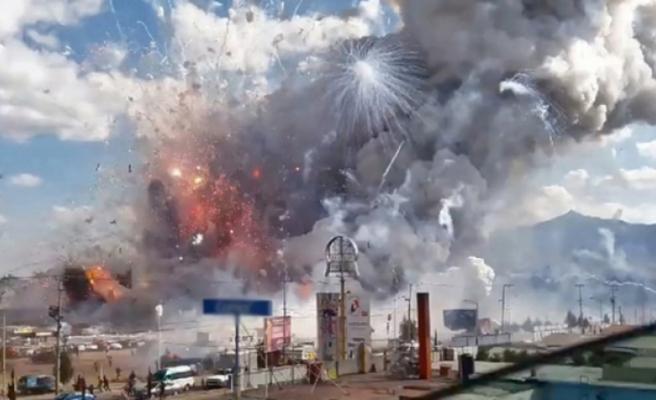 Havai fişek fabrikasında patlama: 24 kişi hayatını kaybetti