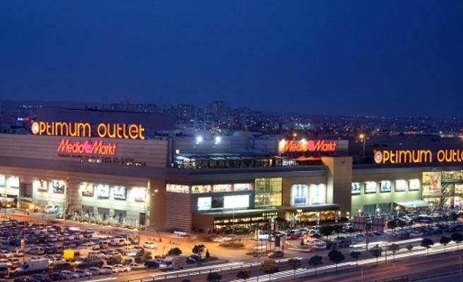 İzmirliler Optimum'da konser keyfi yaşayacak: İşte konser verecek isimler