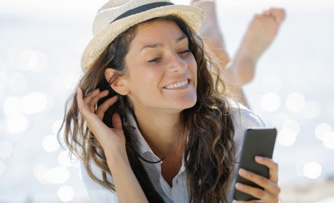 Tüketicilerin üçte biri seyahatini akıllı telefonunda planlıyor