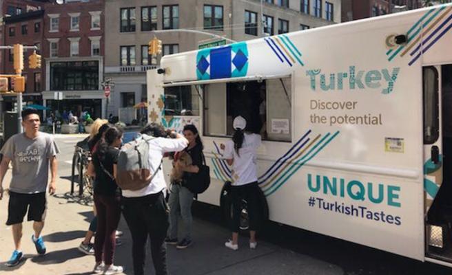 Türk gıda ürünleri, New York sokaklarında turladı!