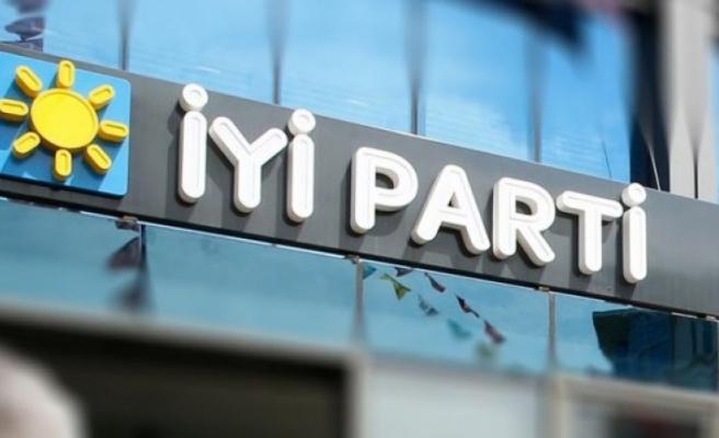İYİ Parti'de 54 il başkanı belli oldu