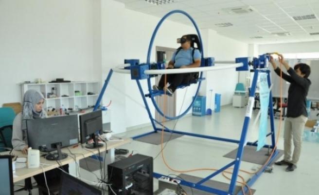 Manisa'da üniversiteli gençlerden yerli simülatör geliştirdi