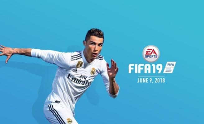 Merakla beklenen FIFA 19 piyasaya çıktı! İşte fiyatı...