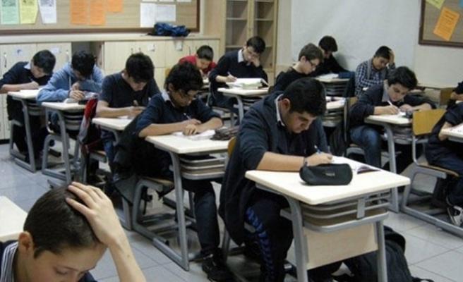Milli Eğitim Bakanlığı'ndan liseler için yeni yaş düzenlemesi