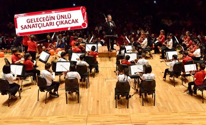 Bornova, 'çocuk senfoni orkestrası'yla fark yaratıyor!