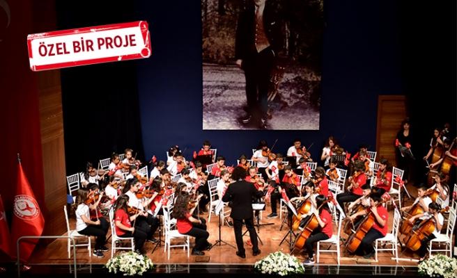 Bornovalı çocuklardan Cumhuriyet'e özel konser!