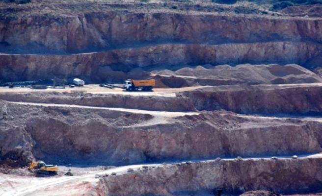 Danıştay'ın çed'ini iptal ettiği taş ocağına yeni izin