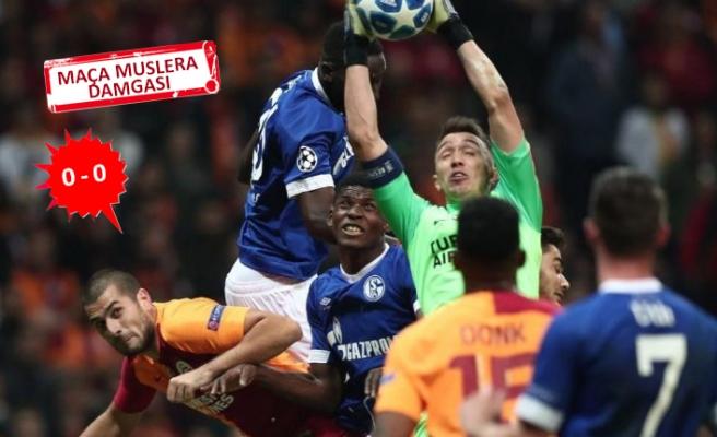 Galatasaray evinde Schalke ile berabere kaldı!