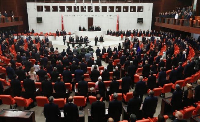 HDP'den 12, CHP'den 3 vekil hakkında fezleke