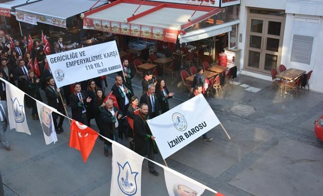 İzmir Barosu Cumhuriyet Bayramı'nı coşkuyla Kutladı