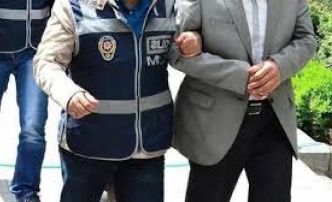 İzmir'de FETÖ'nün hücre evlerine operasyonda 16 tutuklama
