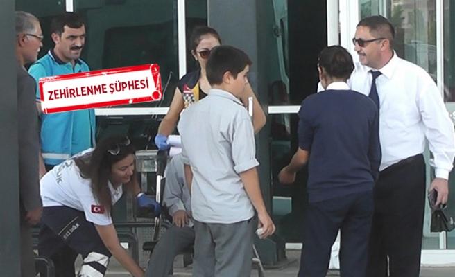 İzmir'de öğretmen ve öğrenciler hastanelik oldu!
