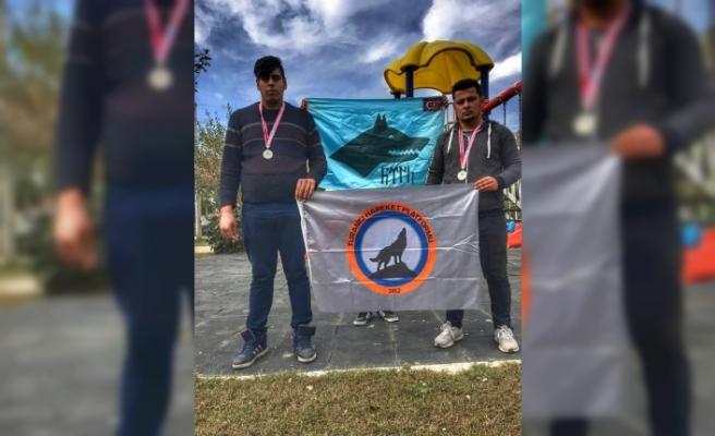 THP üyelerinden güreşte çifte madalya