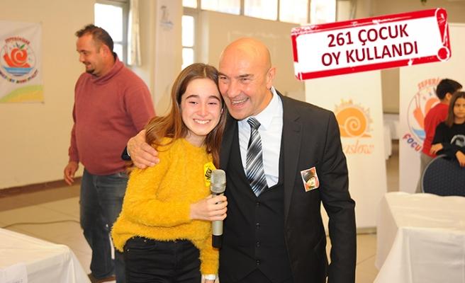 Atatürk'ün çocukları yeni çocuk başkanını seçti
