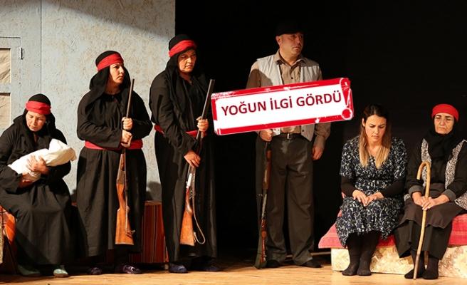 Gaziemir'den 'Töre' oyununa tam not
