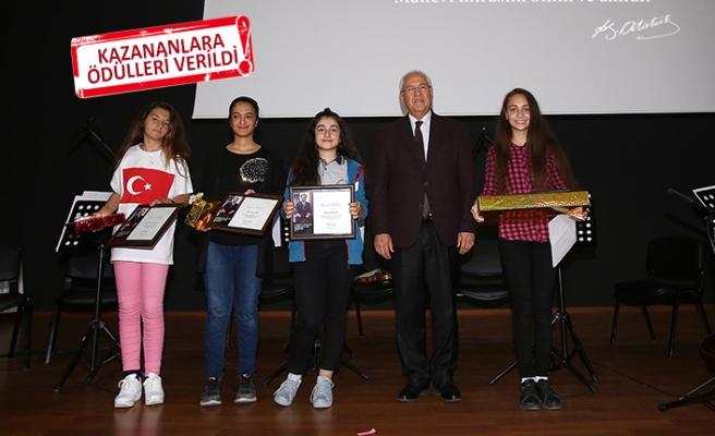 Karabağlar'da öğrenciler Ata'ya sevgilerini anlattılar!