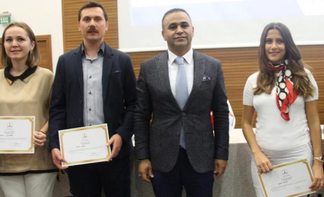 Proje üreten öğretmenlere sertifika
