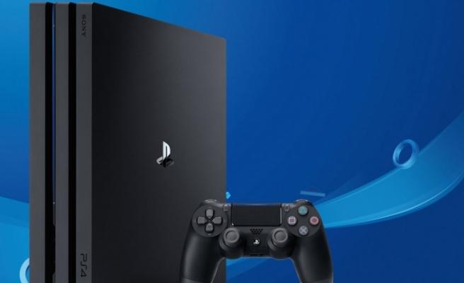 Sony'nin yeni PlayStation 4 Pro'su satışa çıktı!
