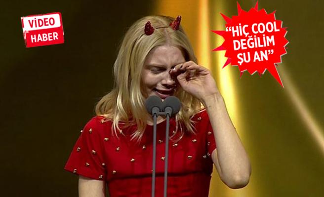 Aleyna Tilki'nin gözyaşları