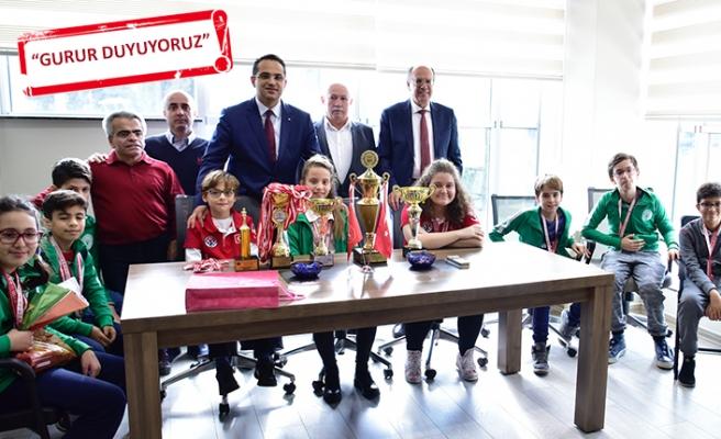Bornova  satrançta iddialı