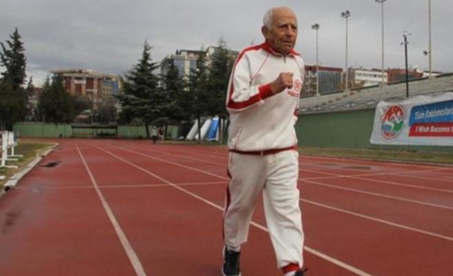 En yaşlı atlet yarış sırasında hayatını kaybetti