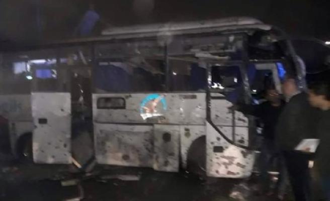 Mısır'da turistleri taşıyan otobüse bombalı saldırı