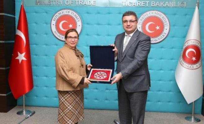 Bakan Pekcan: Ticaret rekoru ihracatçının başarısı