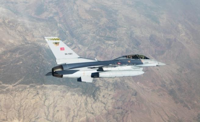 Irak'a hava harekâtı: 5 terörist öldürüldü!